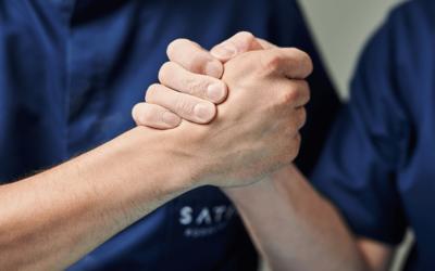 Grzybicy paznokci nie pokonasz w pojedynkę, w walce o zdrowie przyda Ci wsparcie podologa!