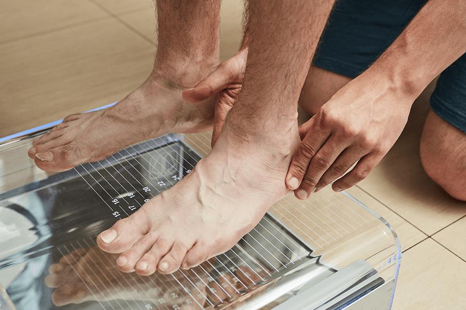Optymalna pielęgnacja stóp – jak odpowiednio dbać o stopy, aby były ładne i zadbane?