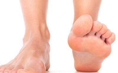 Zadbaj o odpowiednie nawilżenie nóg, a sucha skóra na stopach przestanie być Twoim zmartwieniem!