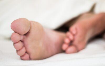 Pielęgnacja stóp – co robić, by mieć piękne i zdrowe stopy